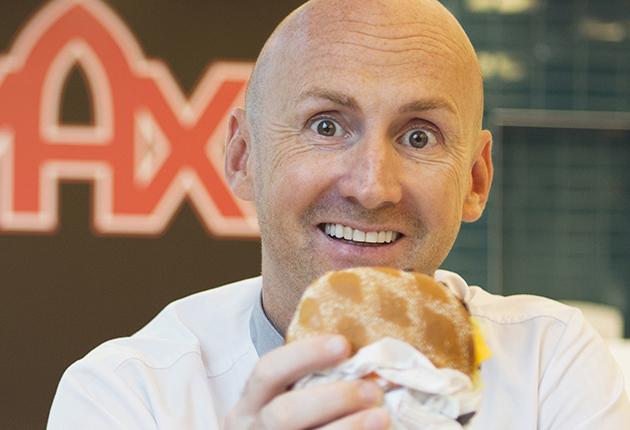 Max märker hamburgarna med Kött från Sverige