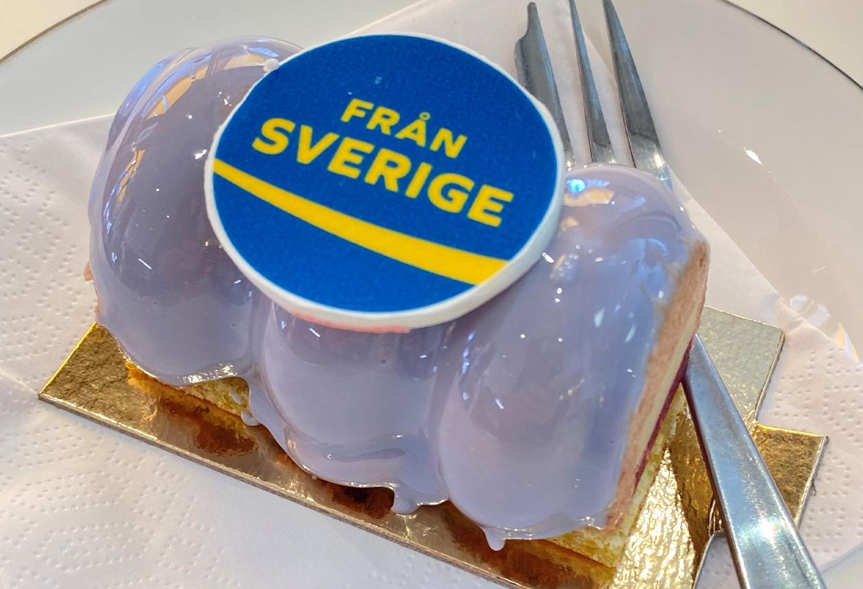 Från Sverige bakelse
